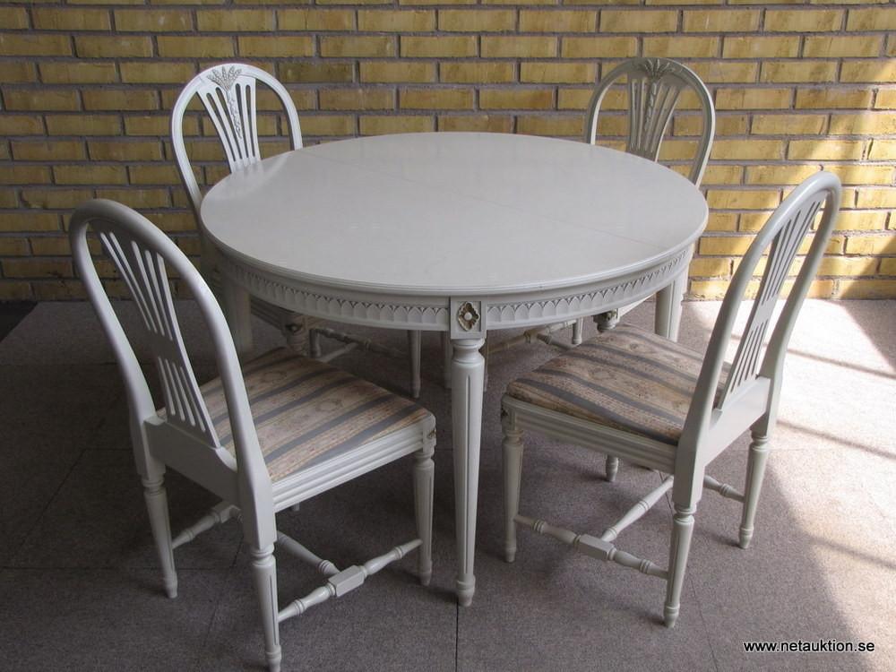 Försäljningsobjekt Matsalsmöbel, gustaviansk stil