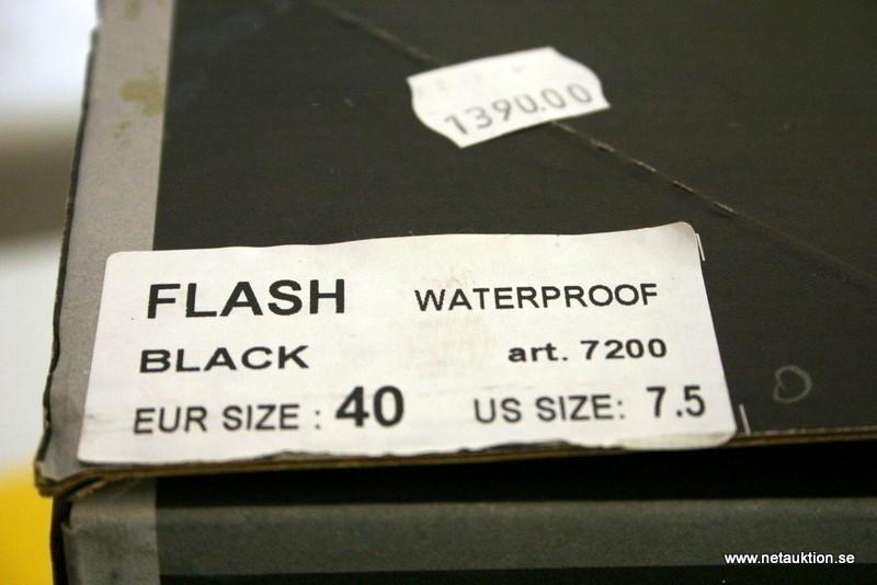 Försäljningsobjekt: Oxtar Flash mc stövlar, strl:40